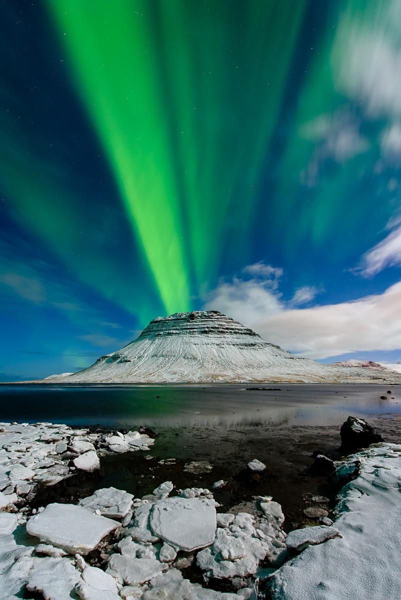 MAB-20150303-ICELAND-KIRKJUFELL-AURORA-8105743.jpg