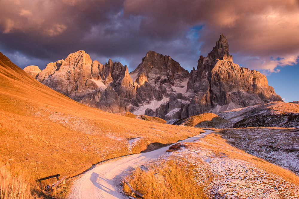 MAB_20141022_ITALY_DOLOMITES_PASSO_ROLLE_8101914.jpg