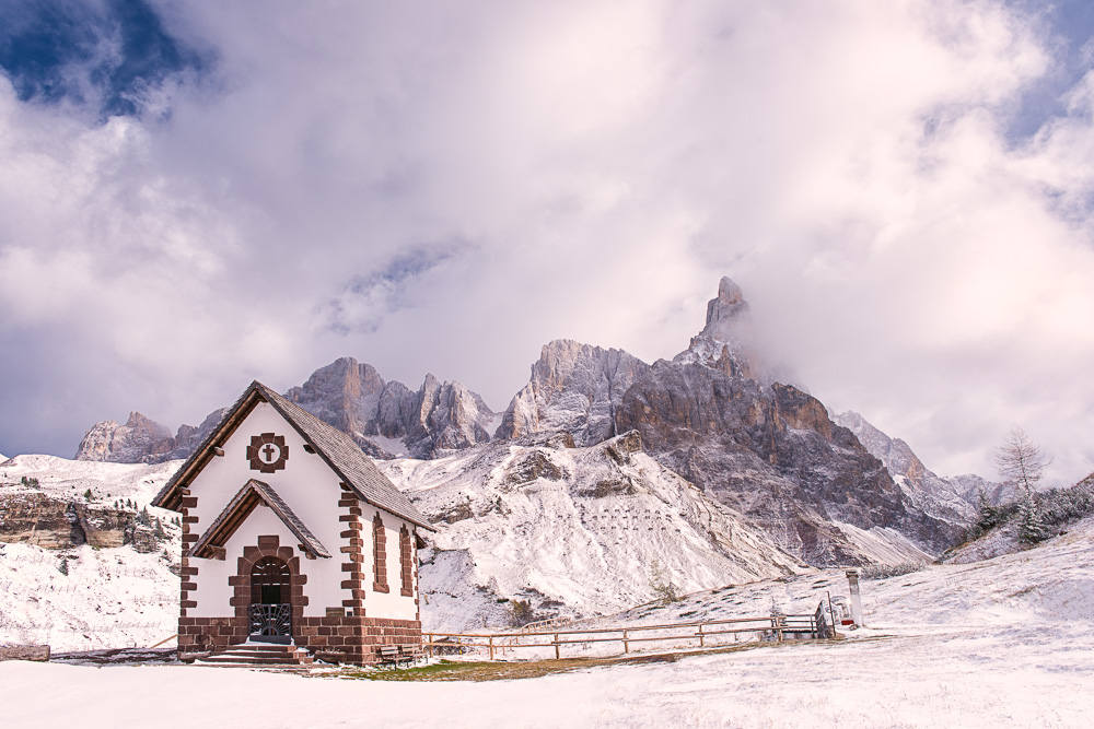MAB_20141023_ITALY_DOLOMITES_PASSO_ROLLE_CHAPEL_8101977.jpg