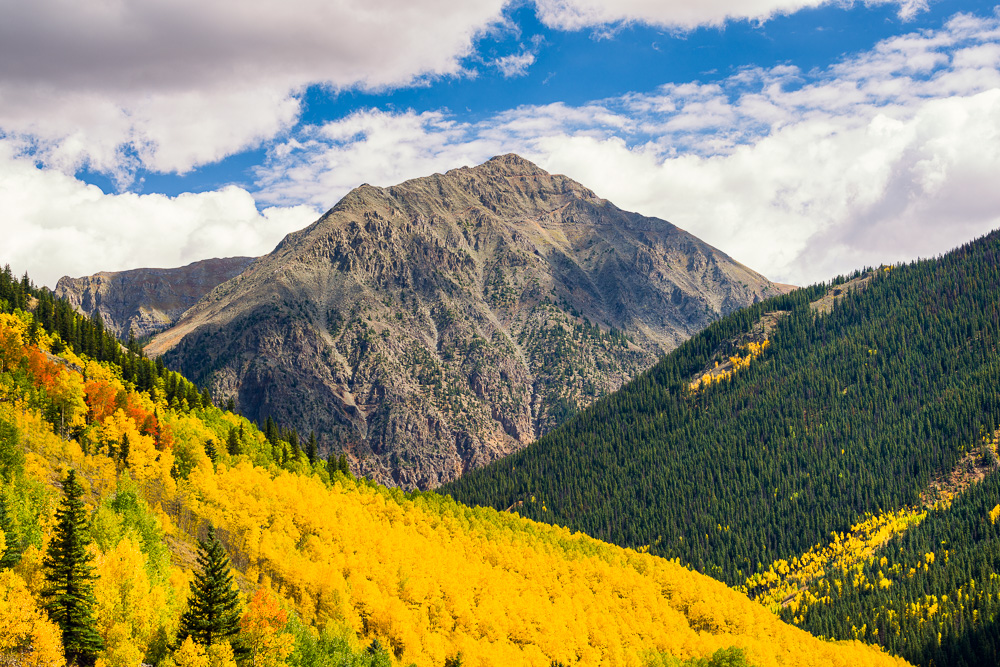 MAB-20150923-CO-SILVERTON-ROCKIES-ASPENS-AUTUMN-8103091.jpg