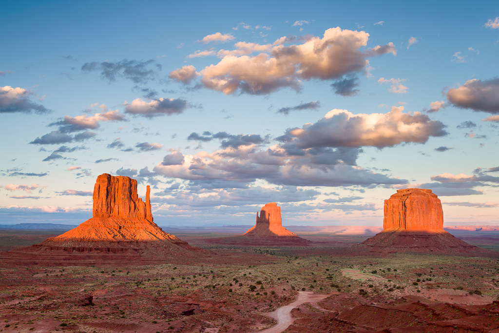 MAB-20150916-AZ-MONUMENT-VALLEY-SUNSET-8101421.jpg